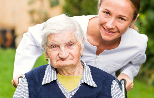 Signs You Senior Loved One Needs Help at Home